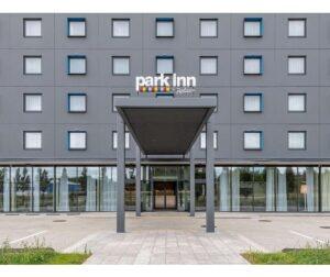 """Viešbutis """"Park Inn"""""""